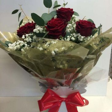 6 Red Roses €39