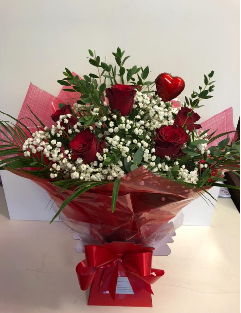 6 red roses €45 including free Dublin 7 delivery