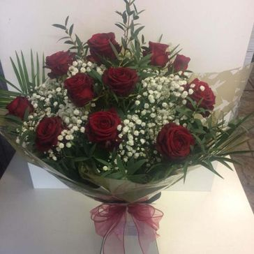 12 Red Roses €55